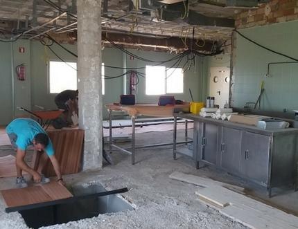 El Hospital Comarcal de la Axarquía inicia la ampliación de la capacidad quirúrgica de sus quirófanos centrales