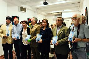 El Hospital Reina Sofía asiste a la presentación del libro 'Me pequeño Gran hombre