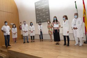 El premio Profesor D. Carlos Pera al Residente Excelente recae este año en Laura Pérez Sánchez, residente de Reumatología