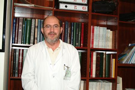 El jefe de servicio de Dermatología, José Carlos Moreno