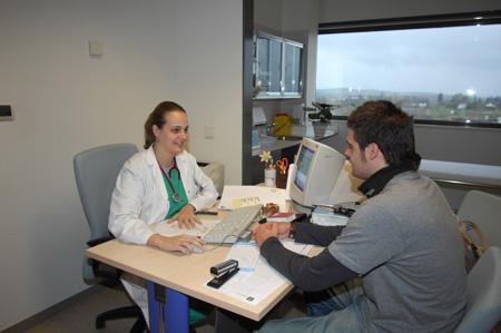 El hospital reina sof a crea una consulta de alta for Consulta demanda de empleo