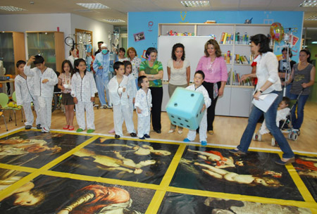 Imagen del taller 'Los niños del Museo visitan a los niños del Hospital'