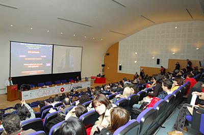 Aspecto del salón de actos del hospital durante el curso CORPAL