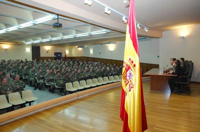 Talleres informativos en la base militar de Cerro Muriano,