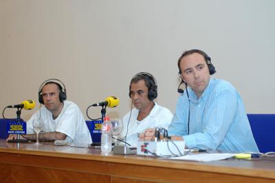 Los doctores Vaquero y Cerezo junto a José Manuel León