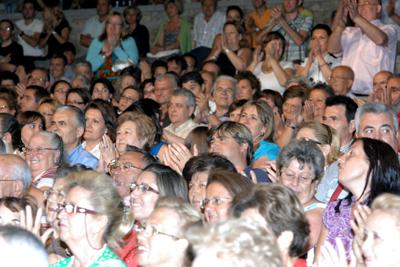 El público aplaude entusiasmado