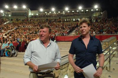El arte y el humor de César y Jorge Cadaval llenaron de magia la noche del 24 de junio
