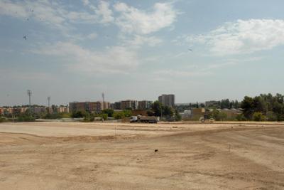 Imagen reciente del desarrollo de las obras para el nuevo aparcamiento de personal