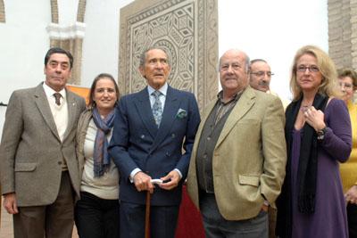 Antonio Gala con representantes de las asociaciones de trasplantados.
