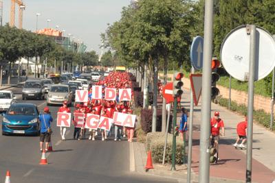 La cabeza de la marcha reclama la donación como regalo de vida.
