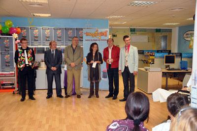 La delegada de Salud asistió a la inauguración del festival.