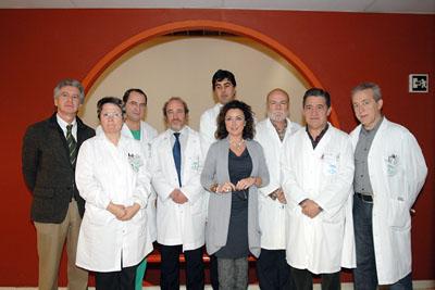 La delegada de Salud y el gerente del hospital, junto a responsables sanitarios