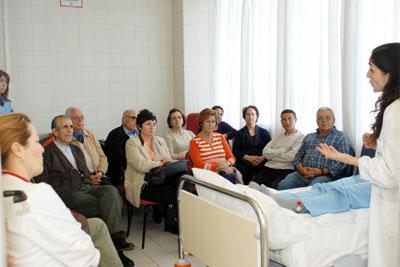 En la imagen, uno de los momentos del taller de cuidadoras.
