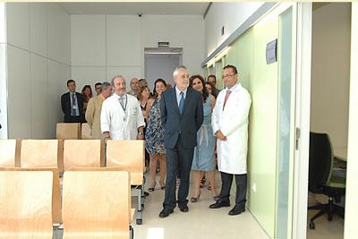 El Presidente Griñan durante su visita a las instalaciones del Centro Sanitario Carlos Castilla del Pino
