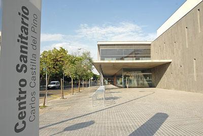 Imagen de exteriores del Centro Sanitario Carlos Castilla del Pino