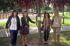 Marina Álvarez y Mª Isabel Baena, en el centro, junto a otras responsables sanitarias