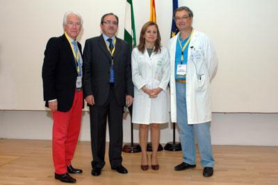 Responsables sanitarios y de la SAGO durante la inauguración del curso