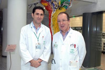 El pediatra Javier Torres y el neumólogo Luis Manuel Entrenas