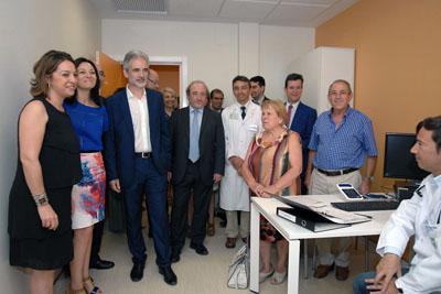 El consejero, Aquilino Alonso, visita la nueva Unidad de Investigación Clínica del Reina Sofía y del IMIBIC