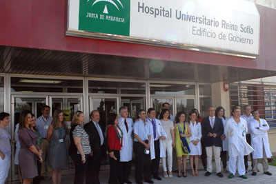 Foto de familia de la presentación del nuevo hito en trasplantes