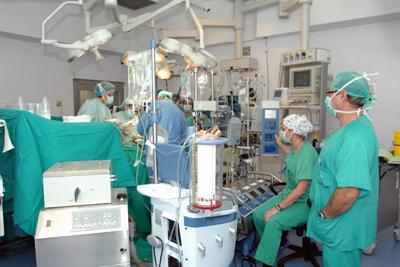 Imagen de archivo de la realización de un trasplante