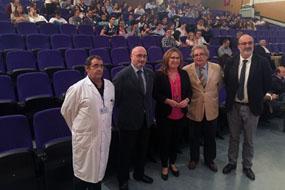 Autoridades e inmunólogos en la inauguración del congreso