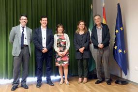 De izquierda a derecha, Juan Ruano, Justo P. Castaño, Teresa Molina, Marina Álvarez y José Ramón del Prado