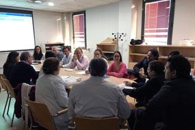 Una de las sesiones del Comité de Cáncer de Cabeza y Cuello del Hospital Universitario Reina Sofía