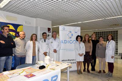 En la imagen, la delegada de Salud, profesionales y ADICOR conmemoran el Día Mundial de la Diabetes