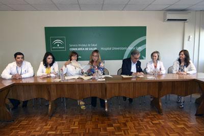 El Hospital Reina Sofía y el Colegio de Médicos de Córdoba firman un convenio de colaboración