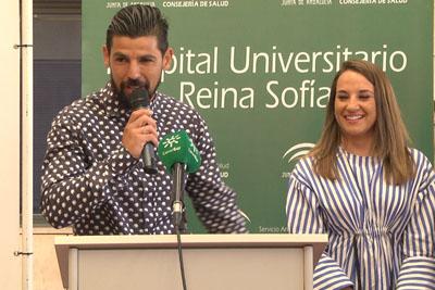 El futbolista Nolito dirige unas palabras y anima a la donación