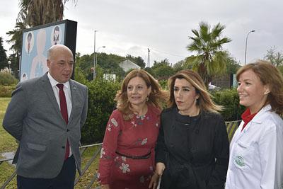 El presidente de la Diputación, la consejera de Salud, la presidenta de la Junta de Andalucía y la directora gerente del hospital