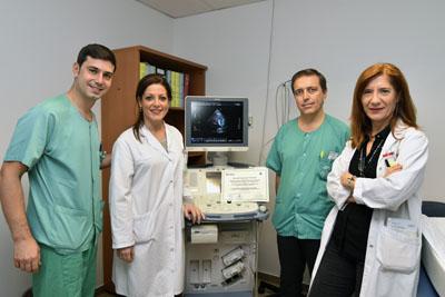En la imagen, los cardiólogos del Hospital Reina Sofía Francisco Hidalgo, Dolores Mesa, Martín Ruíz, Mónica Delgado
