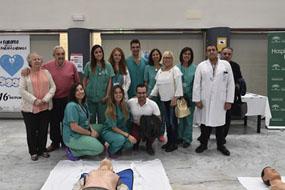 Profesionales de UCI, pacientes y directivos celebran el Día Europeo de la Parada Cardíaca