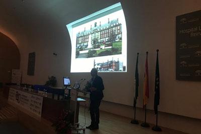 El doctor Pedro Aljama expone la experiencia de os nefrólogos en el primer trasplante