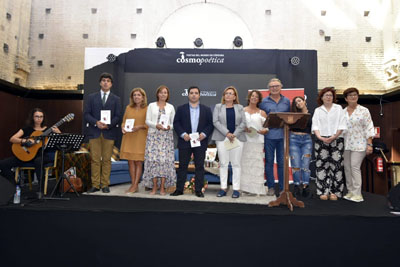 150 participan en el recital Tintas para la Vida en Cosmopoetica