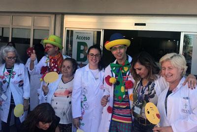 Profesionales y voluntarios del área pediátrica han participado también en el acto