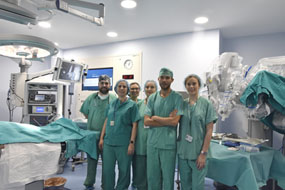 Profesionales de la unidad de Ginecología aplican cirugía robótica