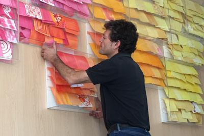 Rafael Obrero durante la instalación