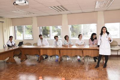 La pediatra Mercedes Gil es la responsable del proyecto