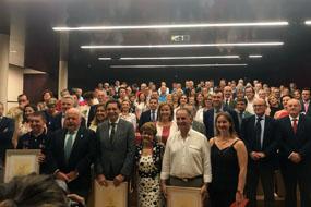 El consejero de Salud entrega los I Premios Miguel Berni