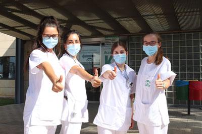 Residentes celebran sus primeros d+¡as en el hospital