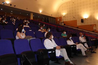 El director científico del IMIBIC asiste al acto de recepción de nuevos residentes