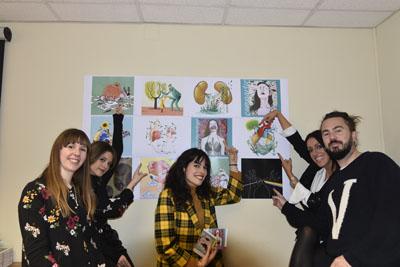 Los artistas muestras sus obras del calendario del hospital