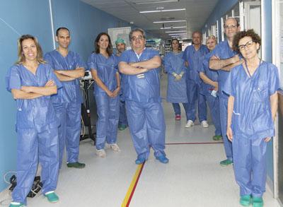 Equipo de cirugía robótica colon y recto