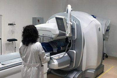 La Unidad de Medicina Nuclear prioriza exploraciones en pacientes preferentes