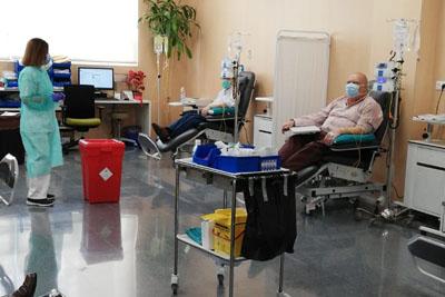 Los tratamientos en el hospital de día continúan aplicándose