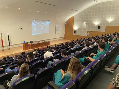 El Hospital Reina Sofía recibe a los 110 nuevos residentes