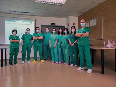 Profesionales de Enfermería de UCI en una de las sesiones de acogida