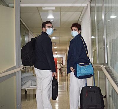 Equipo profesionales (médico y enfermera) de Hospitalización Domiciliaria
